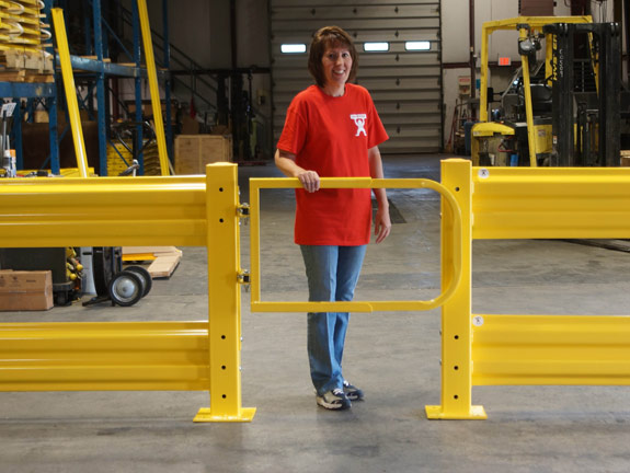 Guardrail swing gate safety pedestrian from